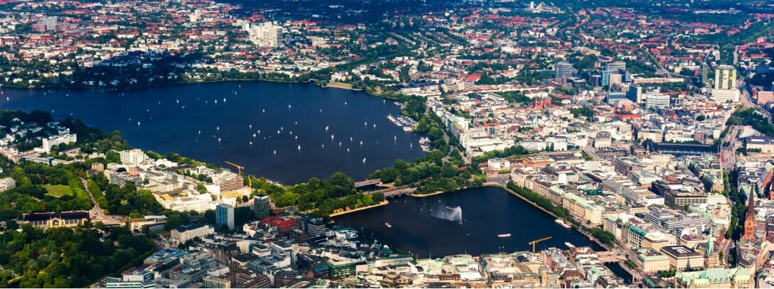 Alster boat trips - Alster round trip